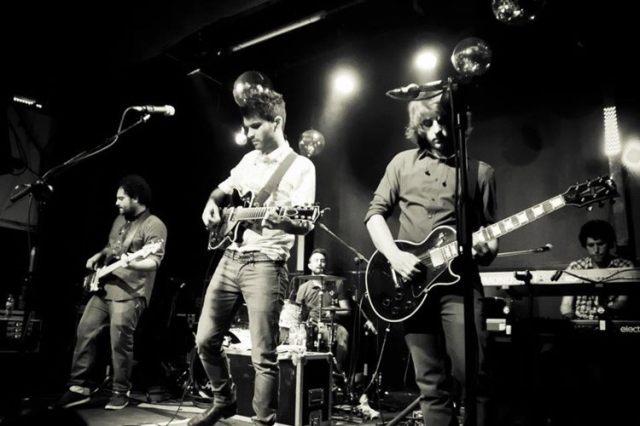 Supersubmarina lanzó su primer disco en 2010.