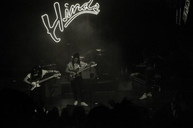 Hinds durante su concierto en la Joy Eslava