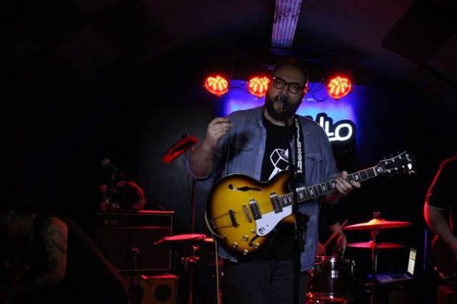 Molina Molina durante su concierto en la Sala Costello.