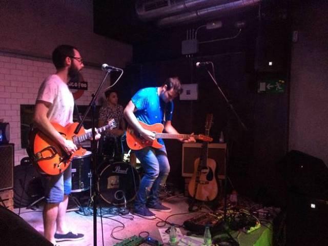 Cervan durante su concierto en Mi rollo es rockalive.