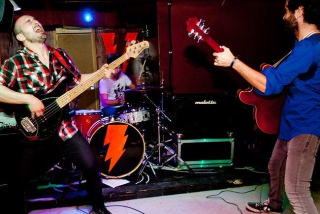 Virenque es otra de las bandas que trabaja con Space Noise.