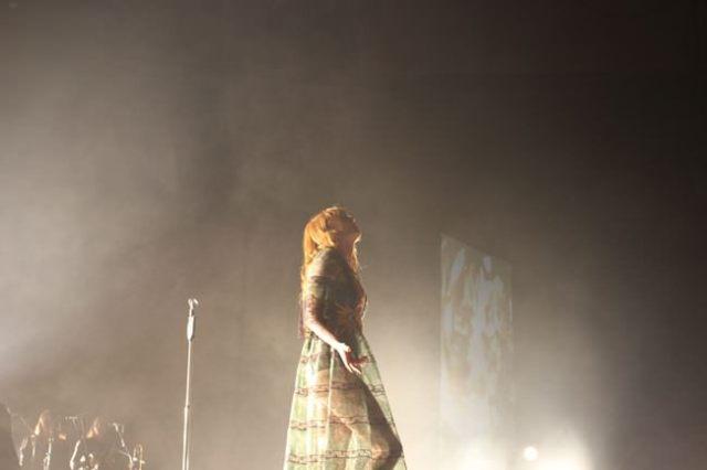 Florence And The Machine presentó su último disco